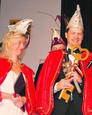 Prinz Michael IV. Fatboy von der Schleierpfalz und Prinzessin Elke I. Computermaus vom Stadttheater