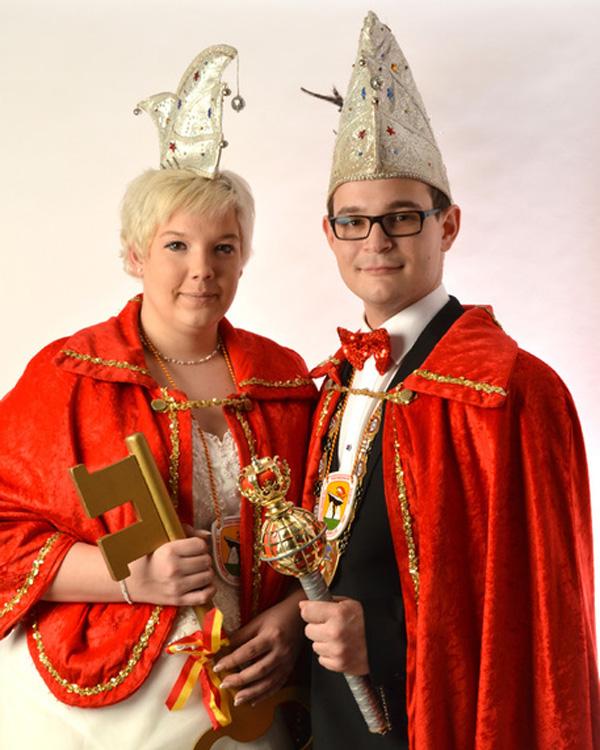 Prinz Michael V. Ackerbursch vom Weihersbaum und Prinzessin Jenny I. Feuermieze vom Spritzgebäck